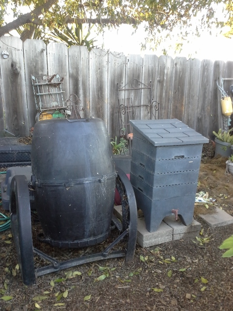 compost-worm-bins-640×480